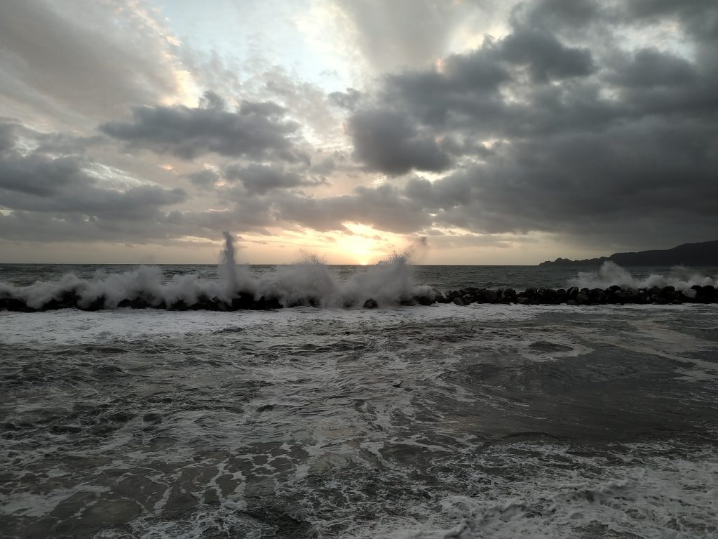 Mareggiata tramonto Chiavari