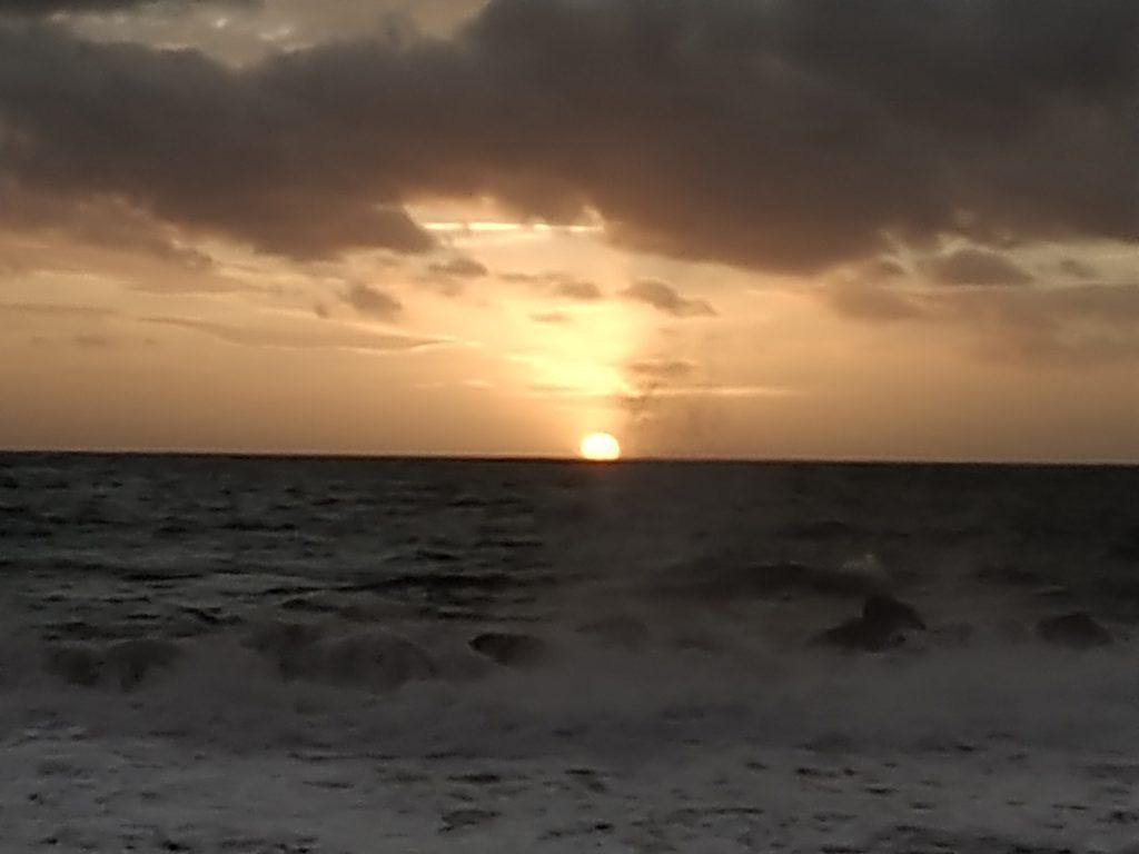 tramonto sul mare di chiavari